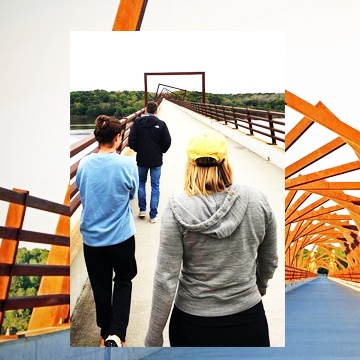 Students visit Trestle Trail Bridge